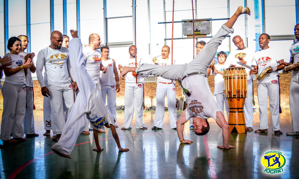 spectacle capoeira bresil